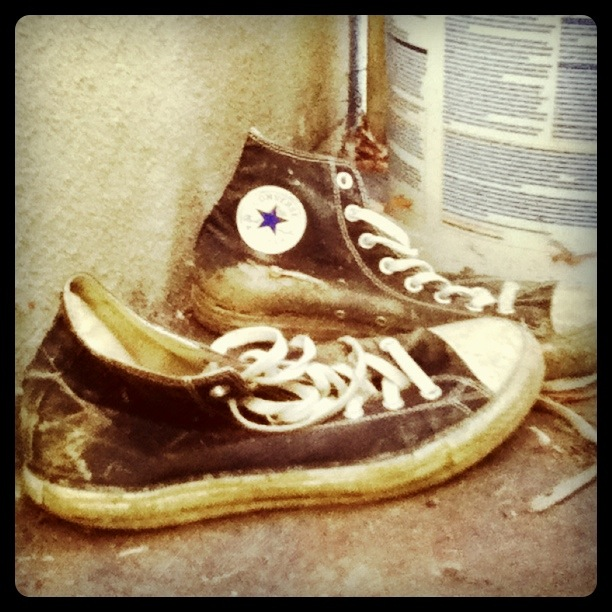 Moi, mes souliers ont beaucoup voyagé - Félix LeclercCrédits à alexdesourdy