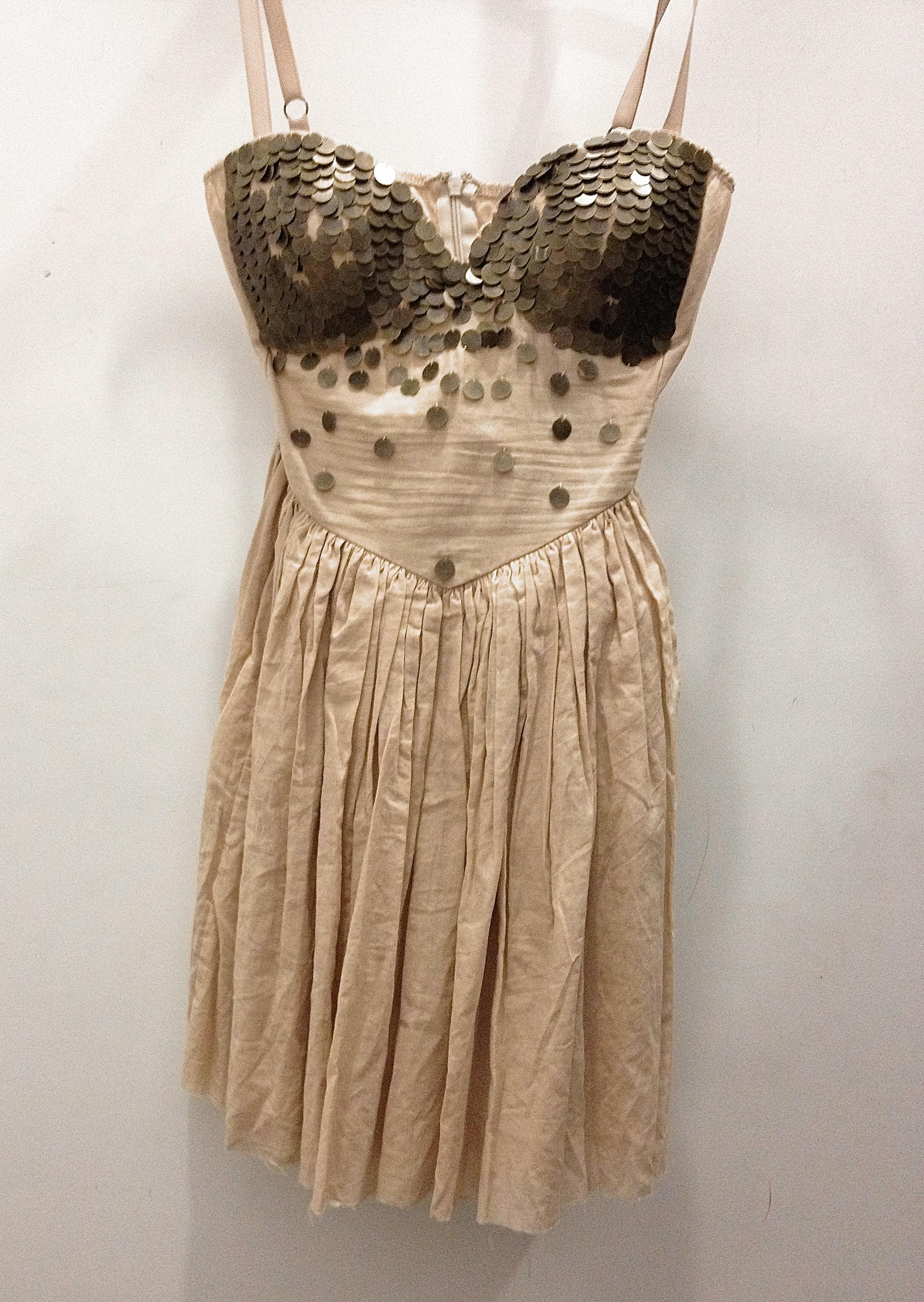 ... adresses pour… une robe de bal loin du style Princesses de Disney