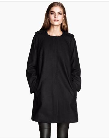 Mantean en laine mélangée, H&M, 79,95$