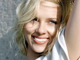 Scarlett-Johansson-262