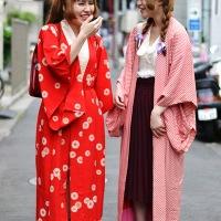 3 façons de porter : le kimono